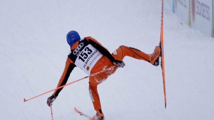 Лыжник из Венесуэлы развеселил зрителей выступая на ЧМ по лыжным видам в Финляндии!