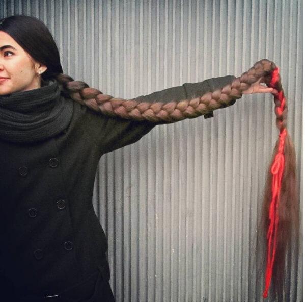 Российская Рапунцель отрастила за 20 лет косу длиной более 2-х метров