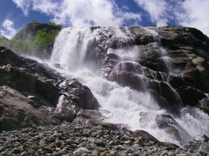 Алибекский-водопад