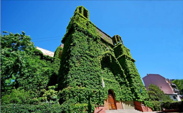 Зеленая церковь в Аргентине