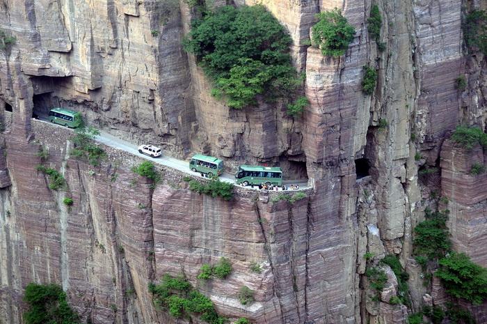 Дорога в тоннелях