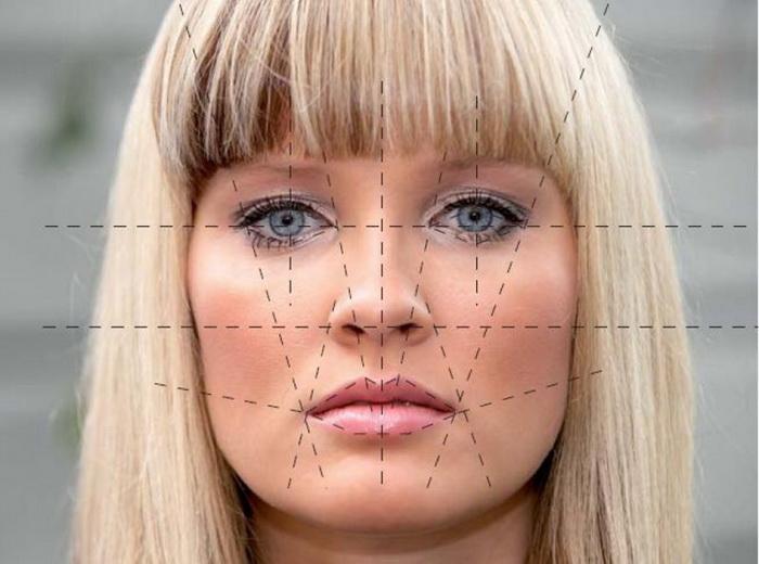 Женщины в среднем лучше распознают лица (особенно женщин)