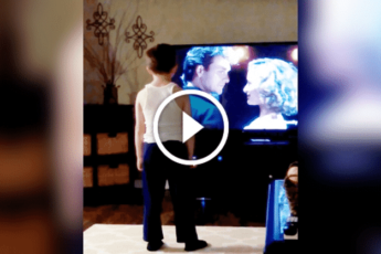 Мама тайком засняла своего 8-летнего сына