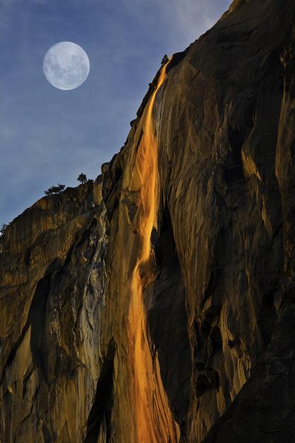 """Огненный водопад """"Лошадиный хвост"""""""