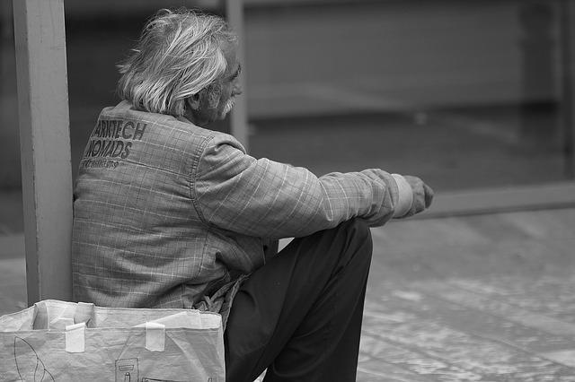 13 вредных привычек обрекающих на полную бедность