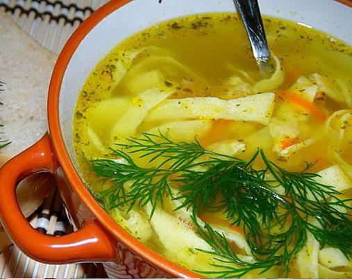 8. Куриный суп с яичными блинчиками