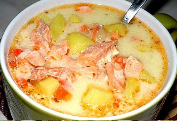 9. Финский суп с лососем и сливками