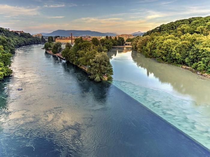 слияния двух рек друг с другом