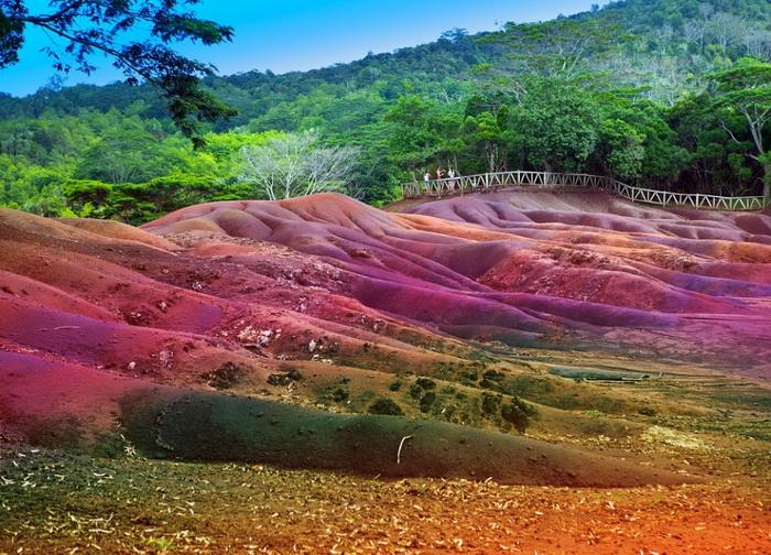 Семицветные пески